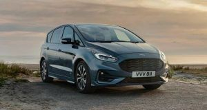 Renting Ford S-MAX